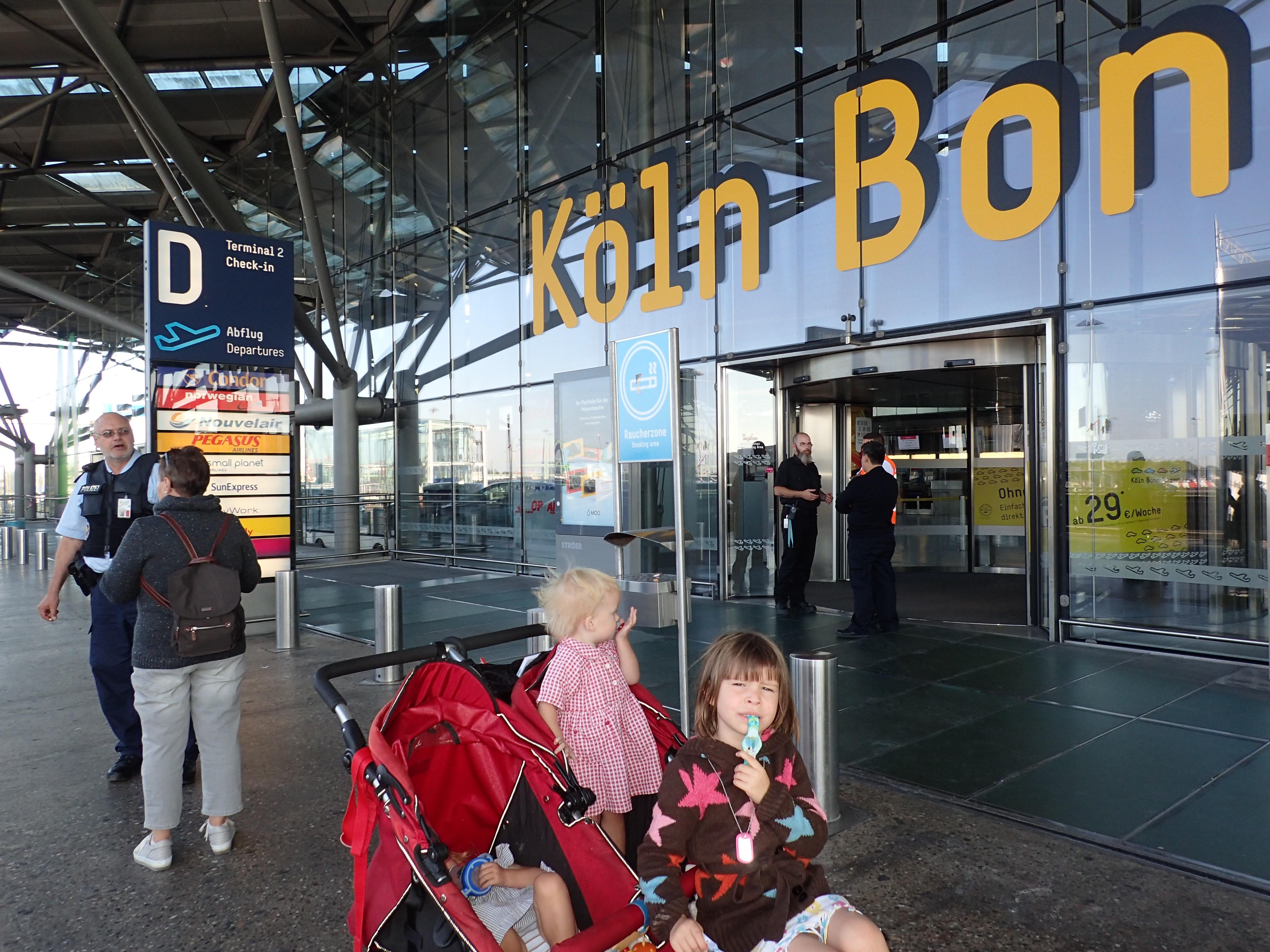 Bombenstimmung am Flughafen