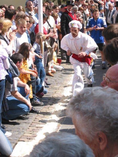 Ausflugstipp für Ostern: Eierlage in Schönecken in der Eifel