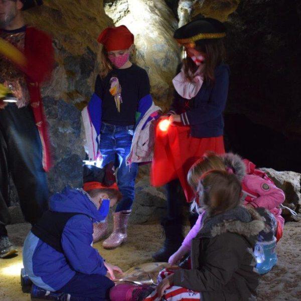 Schatzsuche in der Kluterthöhle